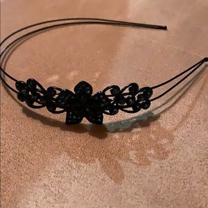 Headband with pretty details